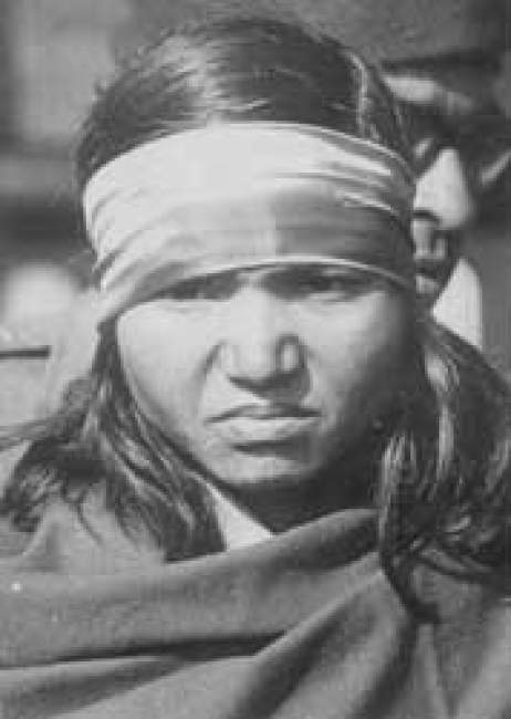 an introduction to the life of phoolan devi Phoolan devi (10 august 1963 – 25 july 2001), popularly known as bandit queen, was an indian bandit and later a member of parliament born into a poor family in rural uttar pradesh, phoolan endured poverty as a child and had an unsuccessful marriage before taking to a life of crime.